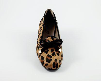 Semicopete en piel de potro con estampación de leopardo Roldán.